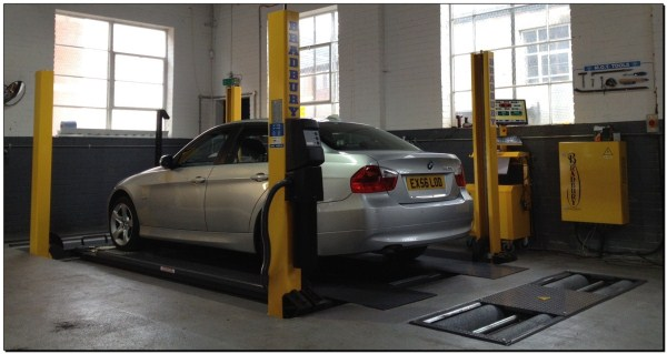 BMW MOT Testing in Reading at Grosvenor Motor Company