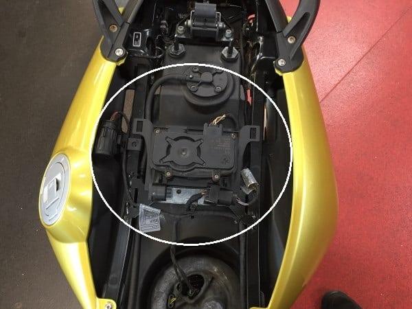 BMW Motorrad retrofit of DWA anti theft alarm system