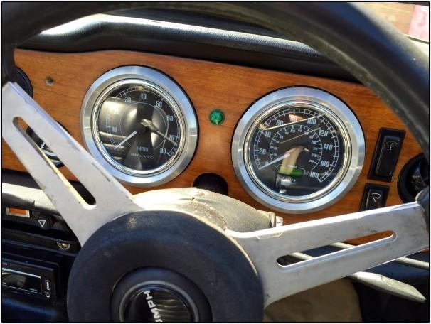 BMW Powered Triumph TR6 Dash